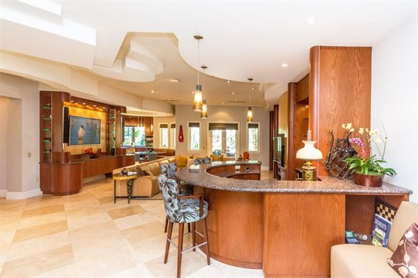 spacious and elegant home in northeast Pinecrest luxury homes