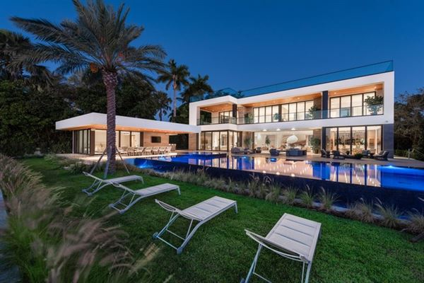 MIAMI BEACH ULTRA LUXURIOUS MEGA MANSION | Florida Luxury Homes | Mansions  For Sale | Luxury Portfolio