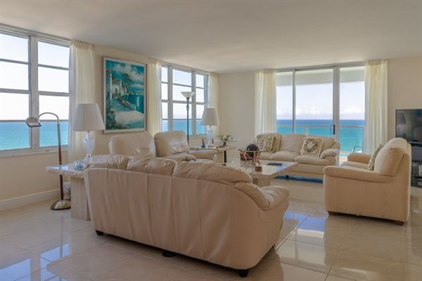 fabulous corner unit in miami beach luxury properties