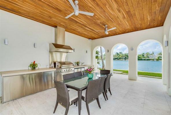 Spectacular Miami Beach Modern Mediterranean luxury homes