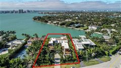 Luxury homes in New contemporary Bayfront mansion