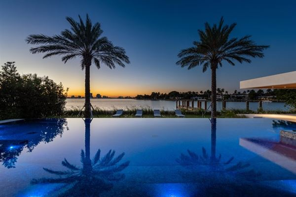 Luxury properties The Trophy Mega-Mansion in Miami Beach
