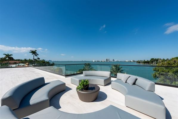 Luxury homes in The Trophy Mega-Mansion in Miami Beach