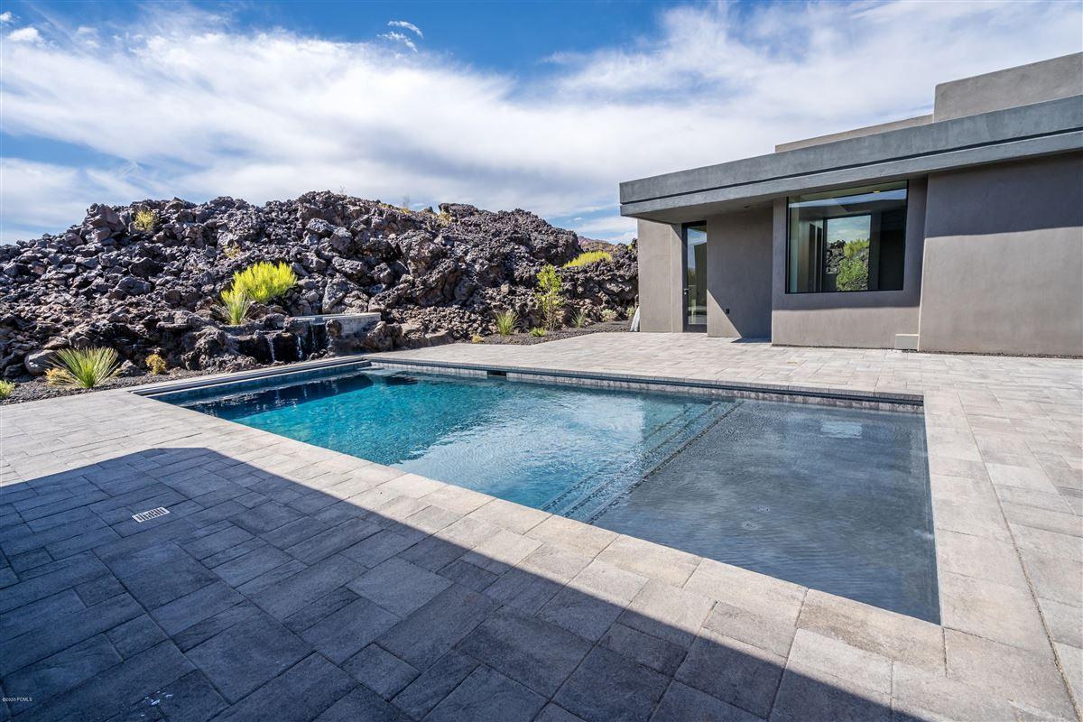 highly desirable Chaco West Subdivision luxury homes