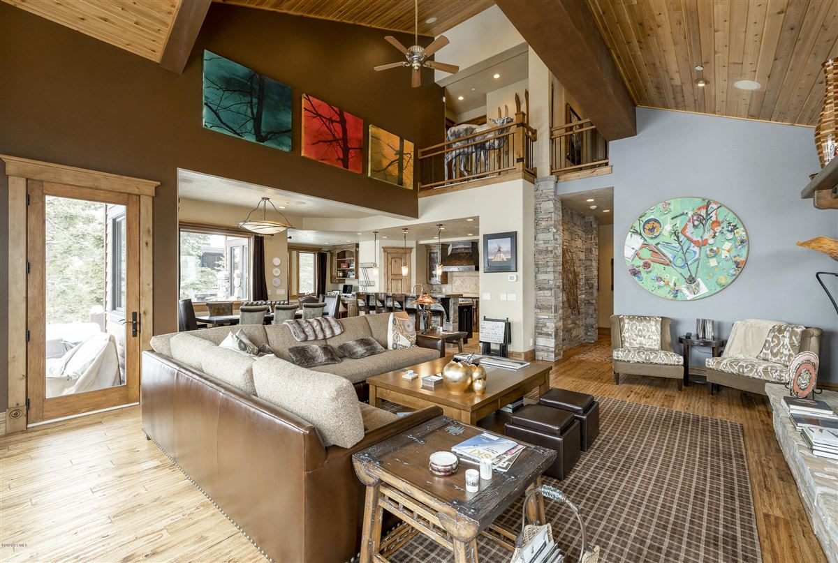 panoramic views of Empire Pass luxury real estate