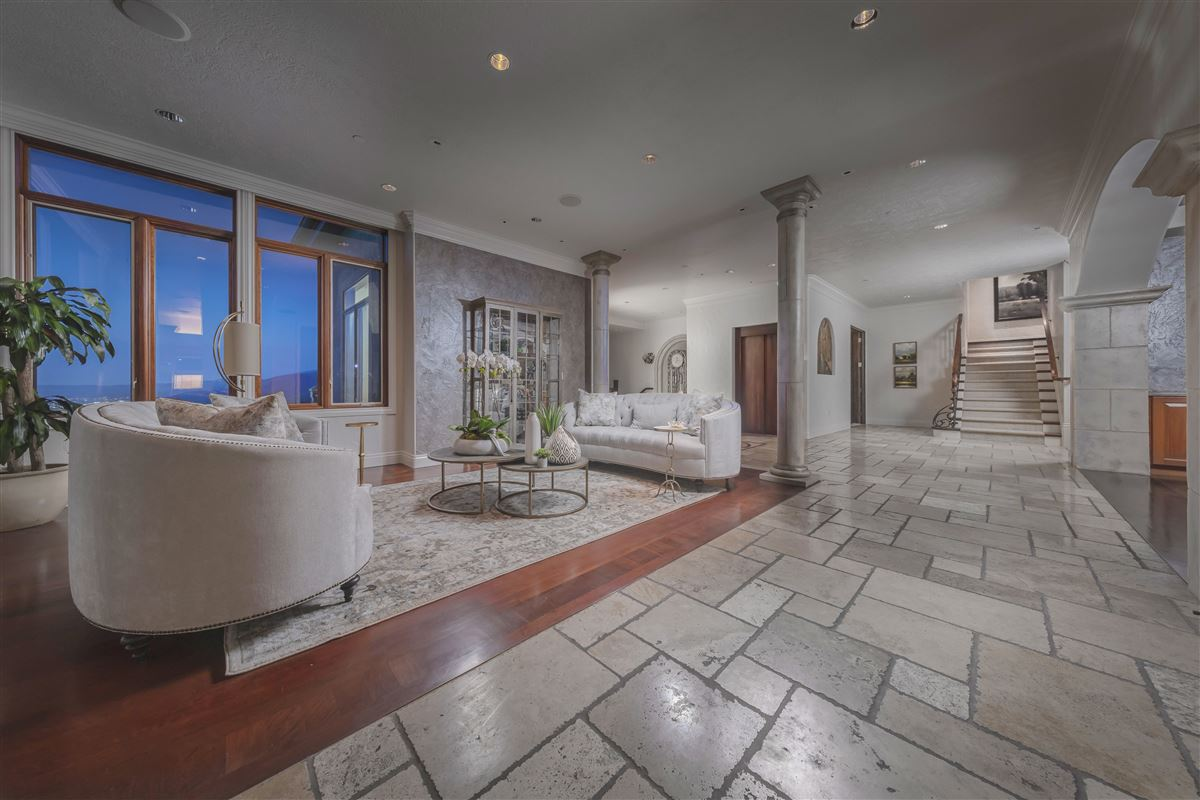 Luxury real estate Monte Olimpo in salt lake valley