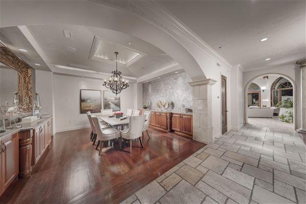 Monte Olimpo luxury real estate