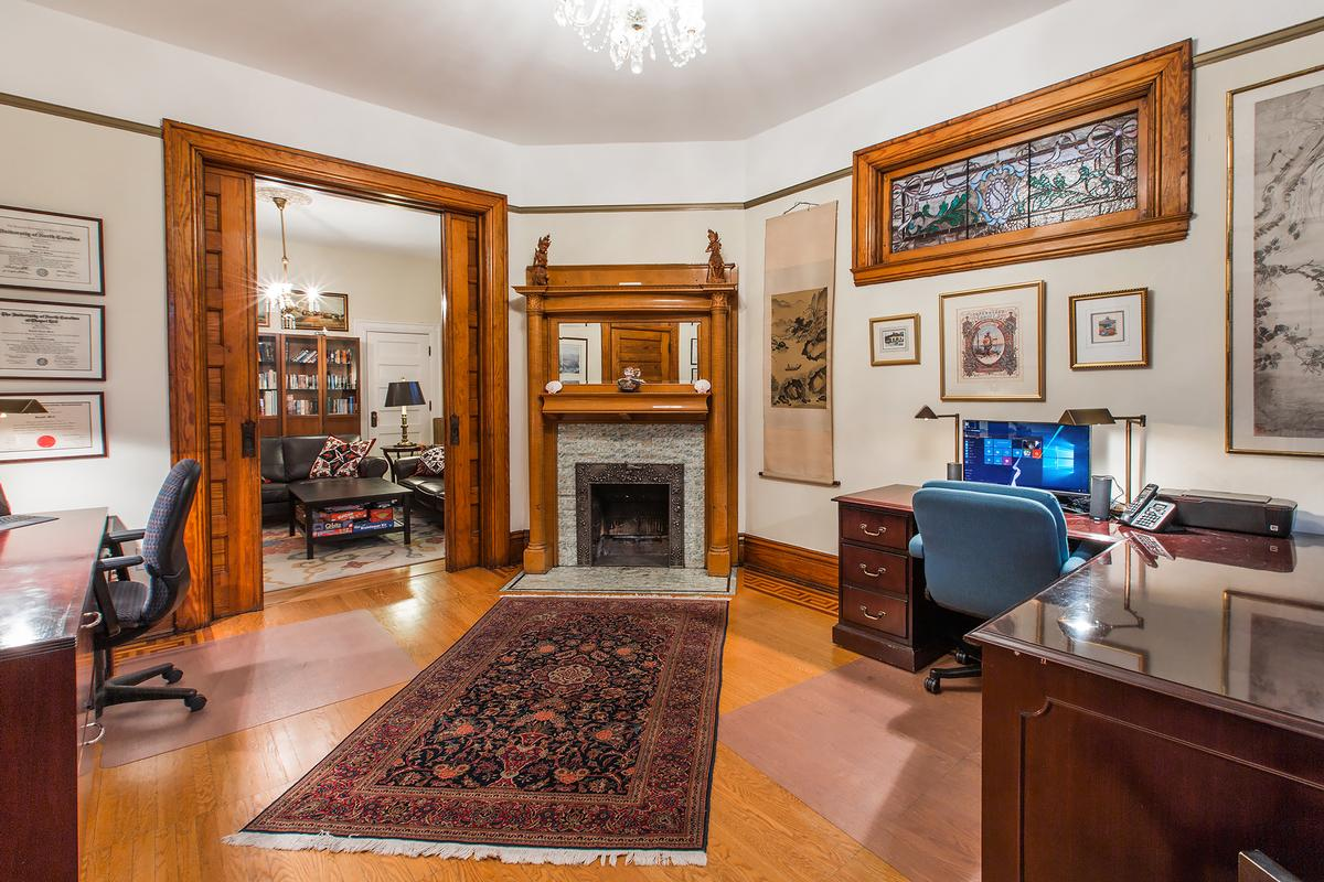 Luxury real estate Fully Restored Victorian