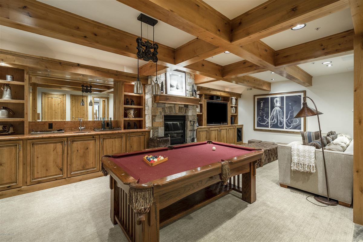 Unbeatable ski-in-ski-out access to Deer Valley mansions