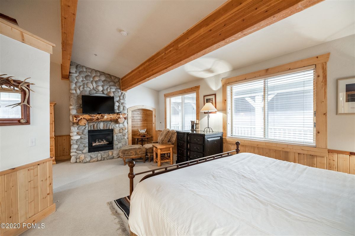 Mansions Rare Double Unit in Upper Deer Valley