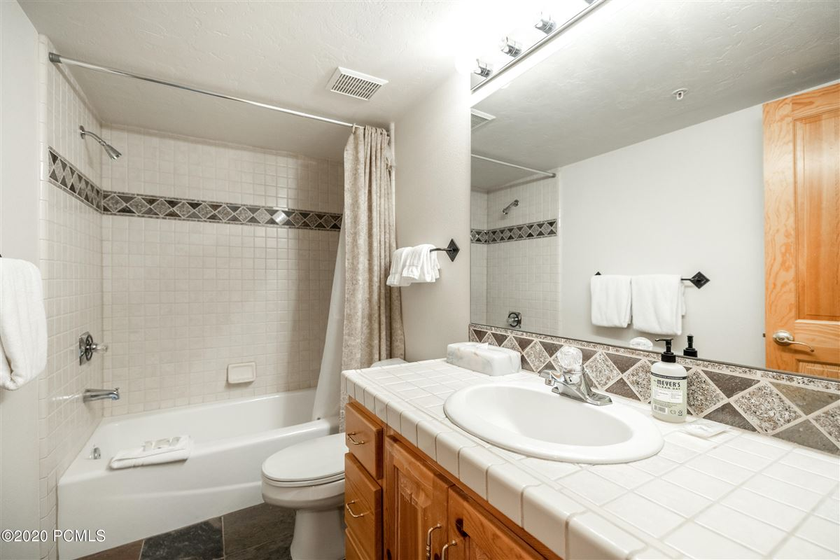 Mansions in Rare Double Unit in Upper Deer Valley