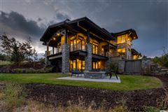 Luxury homes in Mountain Modern Luxury