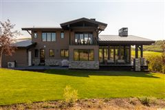Luxury homes Mountain Modern Luxury
