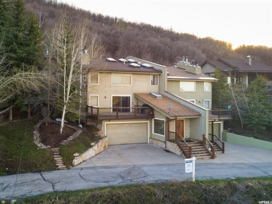 Luxury homes in Park City Opportunity with several options