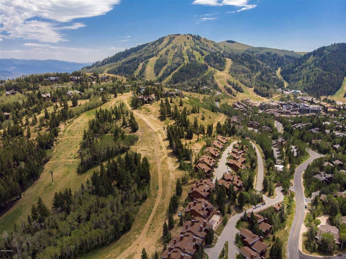 Mansions Free Standing Deer Valley Home with Incredible Views