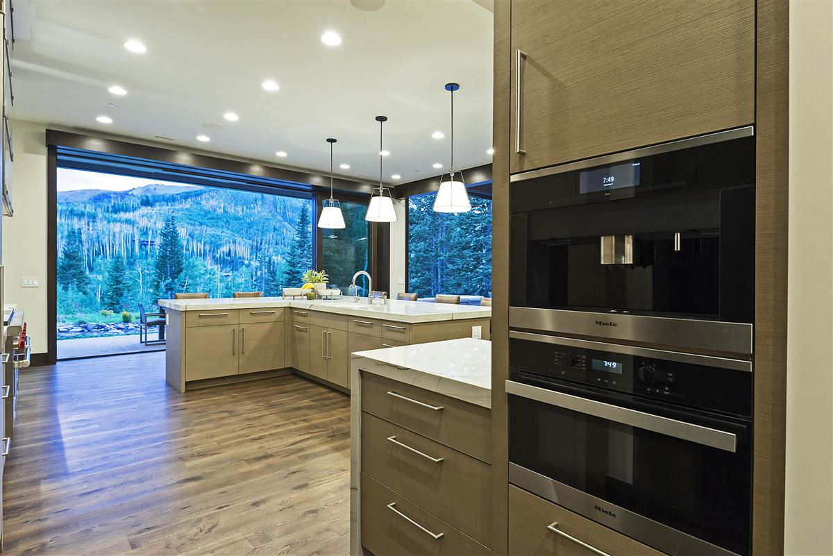 Stunning and Serene Ski-in ski-out home in Park City luxury properties