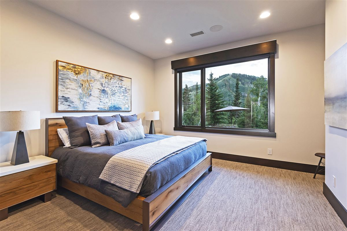 Luxury properties Stunning and Serene Ski-in ski-out home in Park City
