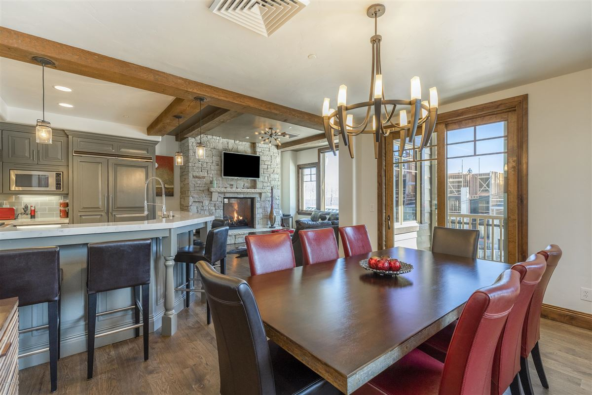 Updated Ski In-Out Silver Strike luxury homes