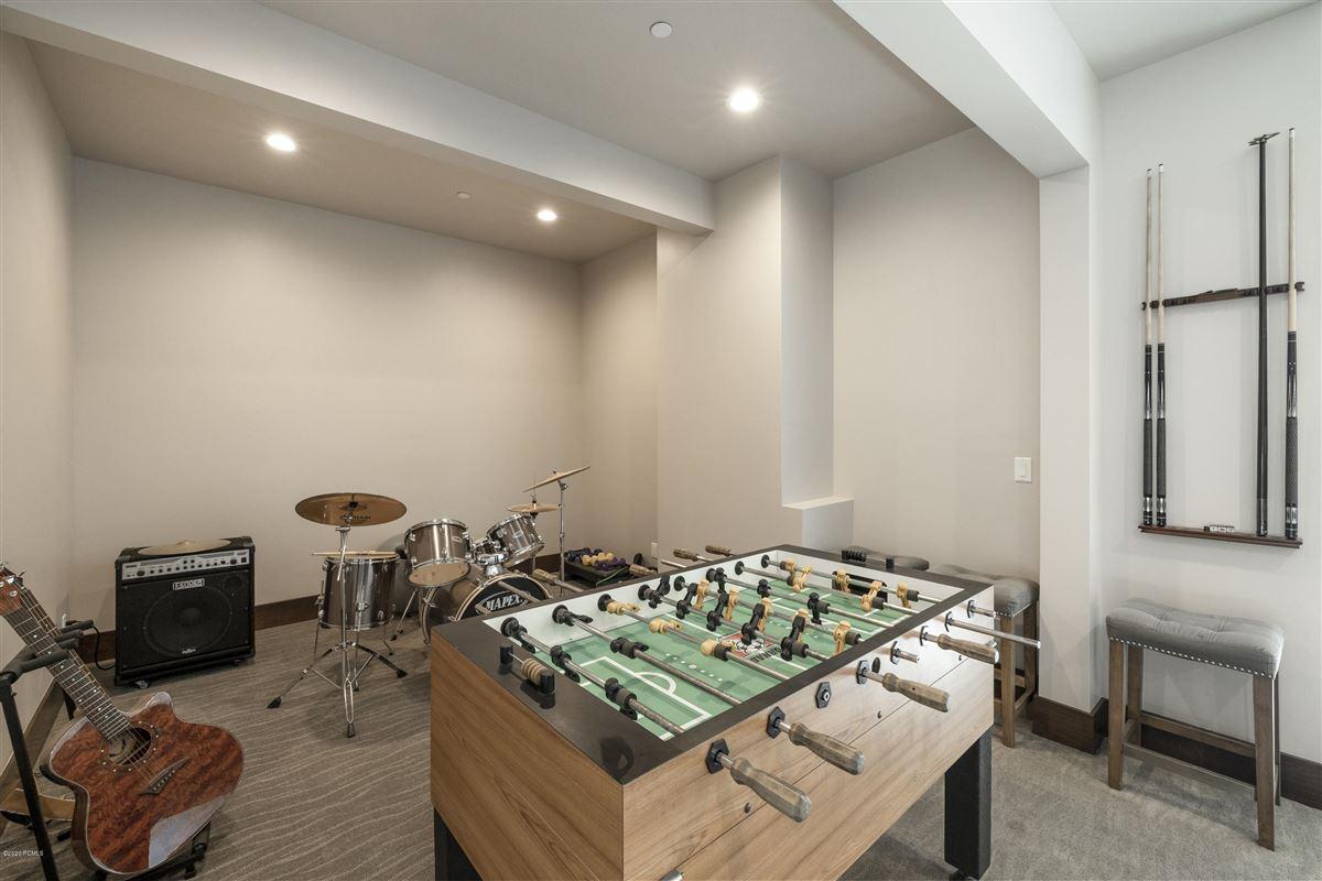 Luxury homes in Talisker Club