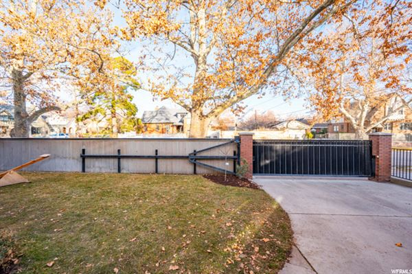 Luxury homes home Ideally situated near Laird Park
