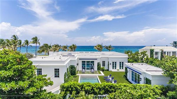 Mansions in Oceantfront Palm Beach Perfection
