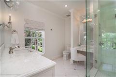 Best in-town Palm Beach location luxury properties
