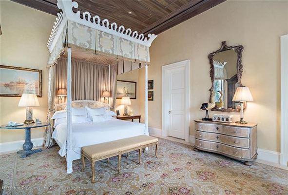 Pietra Mare mansions