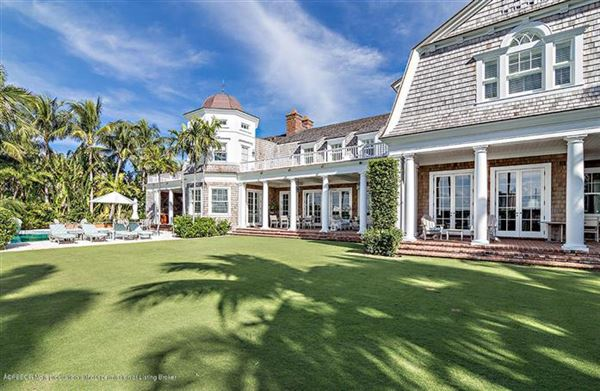Luxury properties impressive lakefront estate