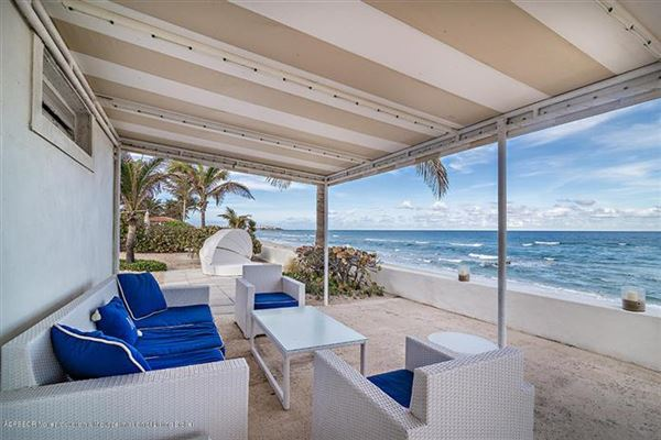 impressive lakefront estate luxury properties