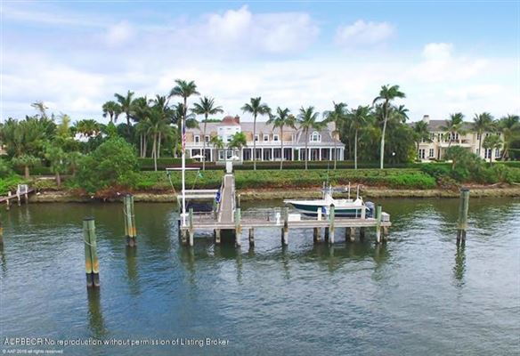 impressive lakefront estate mansions