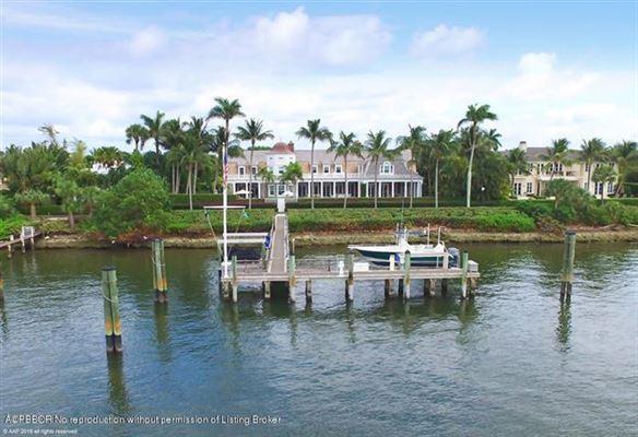 impressive lakefront estate mansions