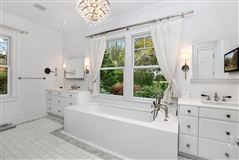 Luxury homes One story Bahamian house
