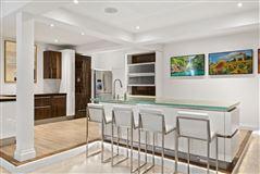 Luxury properties One story Bahamian house
