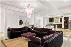 One story Bahamian house luxury properties