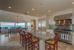 Luxury homes in special oceanfront paradise