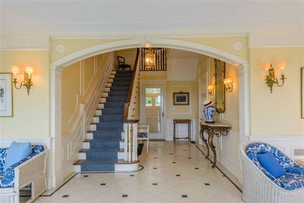Luxury real estate circa 1925 Georgian residence