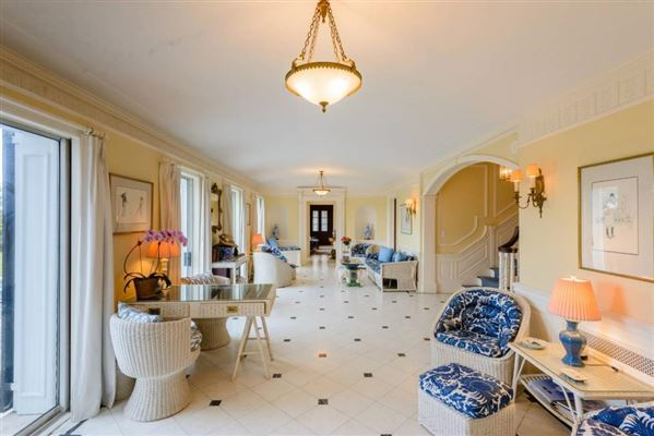 circa 1925 Georgian residence luxury real estate
