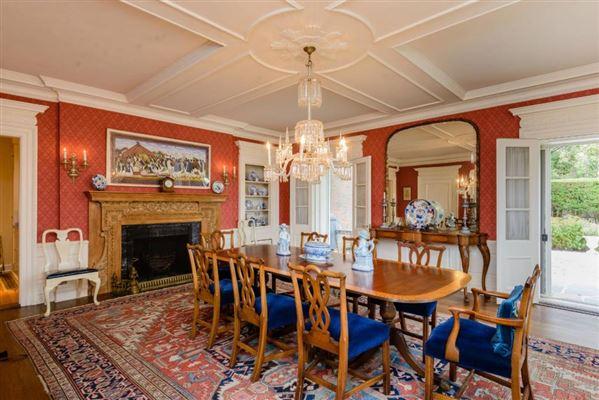Luxury properties circa 1925 Georgian residence