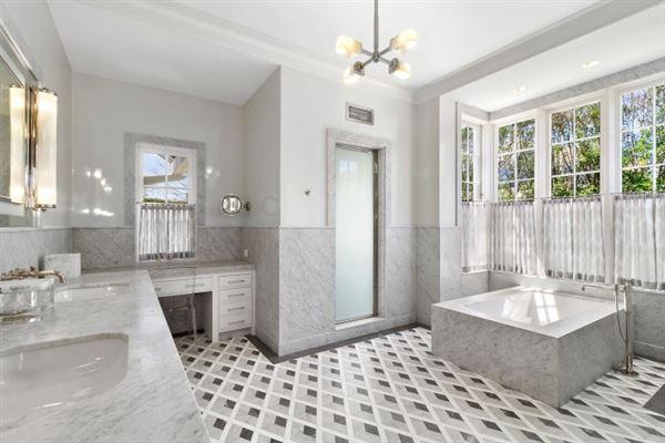brand new construction in bridgehampton mansions