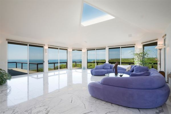 Extraordinary oceanfront property in Montauk luxury homes