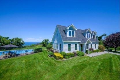 Mansions elegant waterfront home
