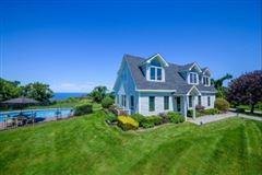 Luxury homes in elegant waterfront home