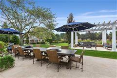Luxury properties Elegant East Hampton Compound