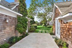 Elegant East Hampton Compound mansions