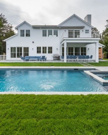 Luxury homes traditional open-plan beauty