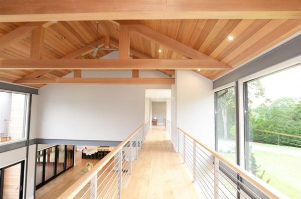 Luxury real estate A modern barn residence in sagaponack