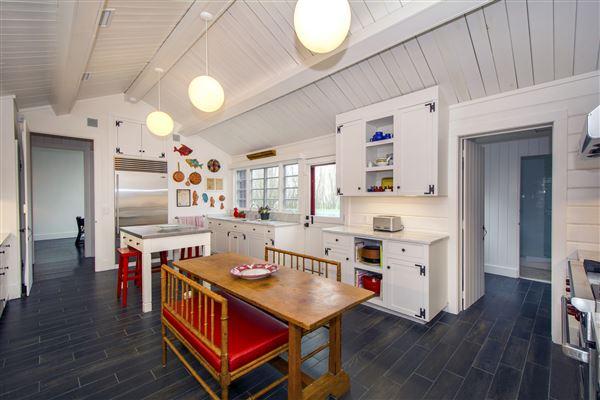 grand living Sagaponack home luxury properties