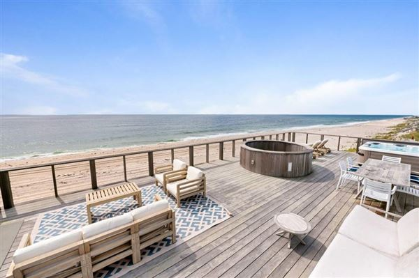 Luxury homes simply spectacular Hamptons Oceanfront