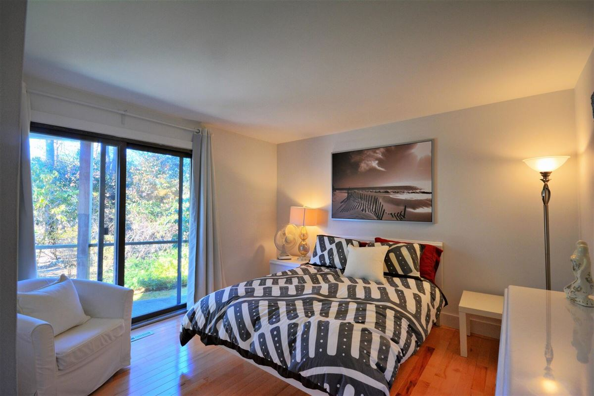 Luxury real estate a Private Southampton property