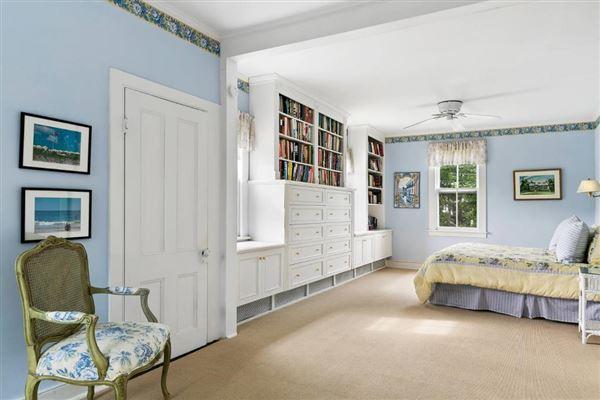 Luxury properties  classic three-story Victorian home